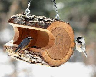 Diy log birdfeeder