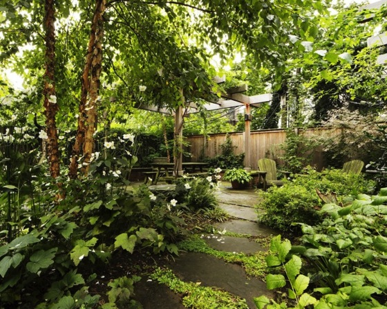 Garden Roundup: 10 Perfect Party Spaces in the City by Barbara Peck via Gardenista