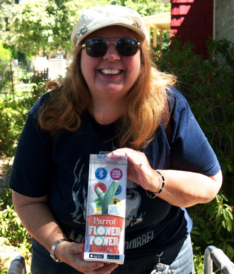 Winner of Parrot Flower Power - Linda J from Los Angeles, CA