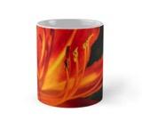 Red daylily mug