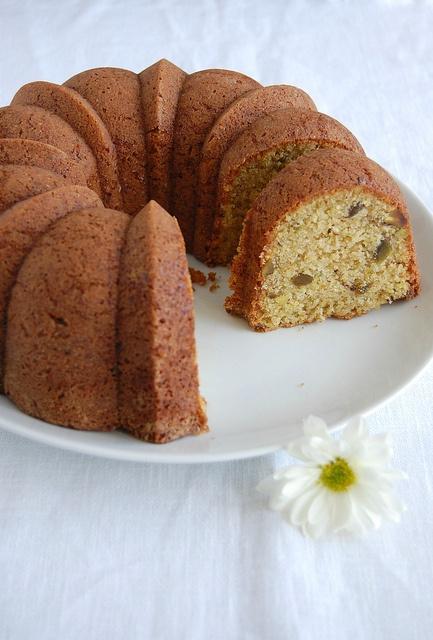 Food: Polenta-Pistachio Cake
