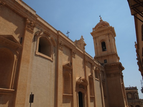 Arriving in Noto  6