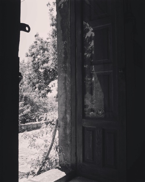 The door on The Old House on Mount Etna via Instagram [Photo]