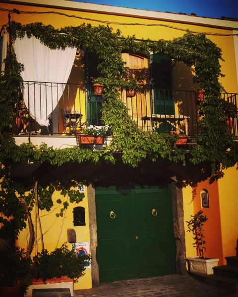 Stazzo home #Sicily #Italy #Stazzo #house #architecture #garden #travel #yellow