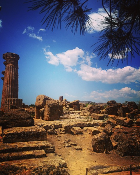 Valli dei Templi, Agrigento, Sicily, Italy #history #architecture #sicily #italy #greek #temple