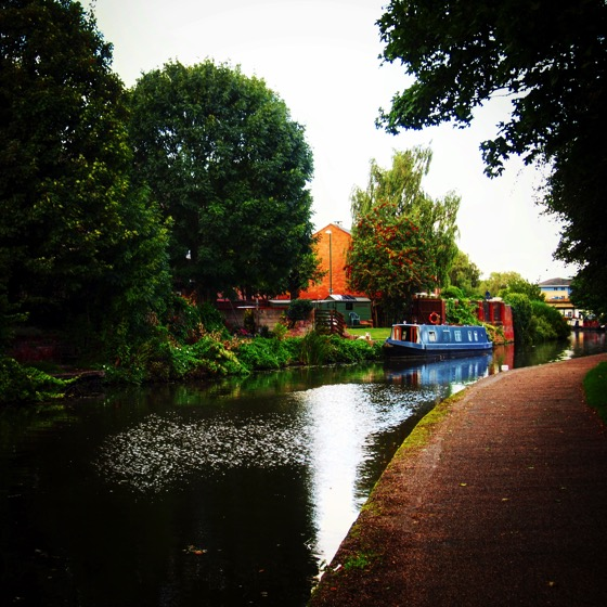Along the Nottingham canal #canal #Nottingham #travel #Uk #transportation #nature #scenic #boat #narrowboat