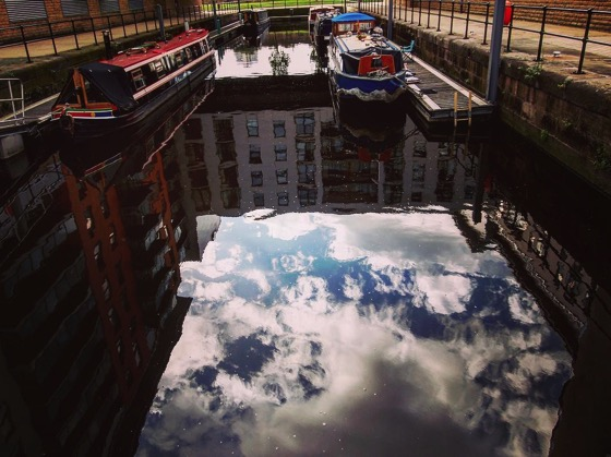Reflection at Leeds Dock #leeds #uk #travel #reflection #sky #narrowboat #dock #theglobewanderer #discoverglobe #ourplanetdaily