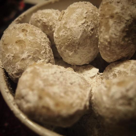 Pecan Snoballs/Pecan Puffs via Instagram