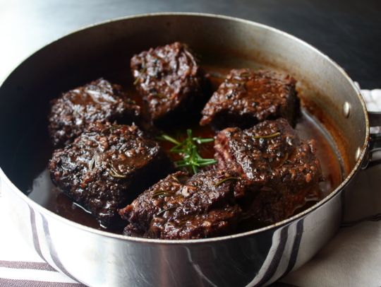 In The Kitchen: Peposo dell'Impruneta (Italian Black Pepper Beef) from Food Wishes (with video recipe)
