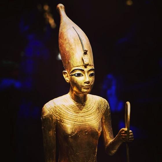 A Golden Statue via My Instagram