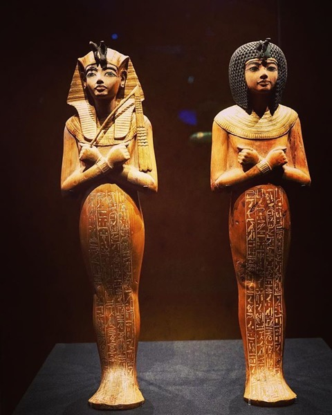 King and Queen Statues - King Tut: Treasures of the Golden Pharaoh via Instagram