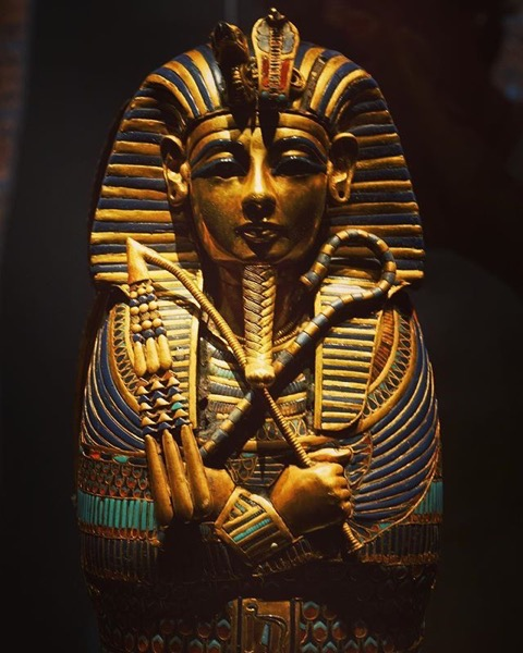Statue - King Tut: Treasures of the Golden Pharaoh via Instagram