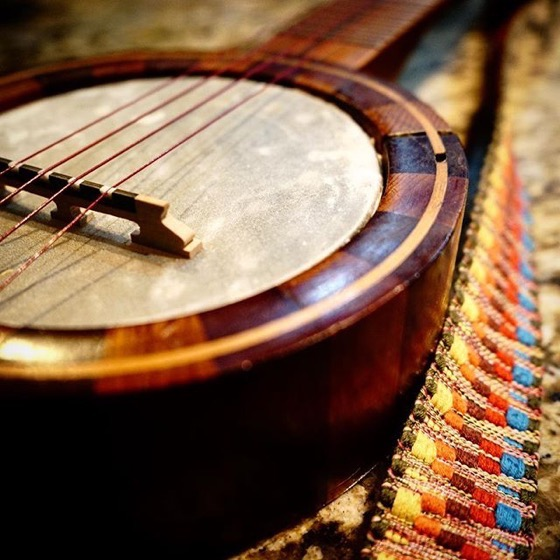 A lovely banjolele from a friend's collection via Instagram