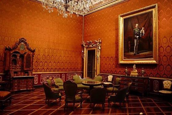Interior, Villa Reale, Monza, Italia via Instagram