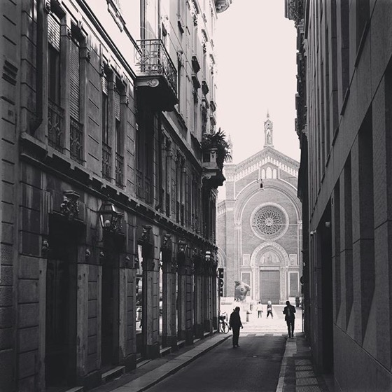 Down the street, Milano, Italia via Instagram