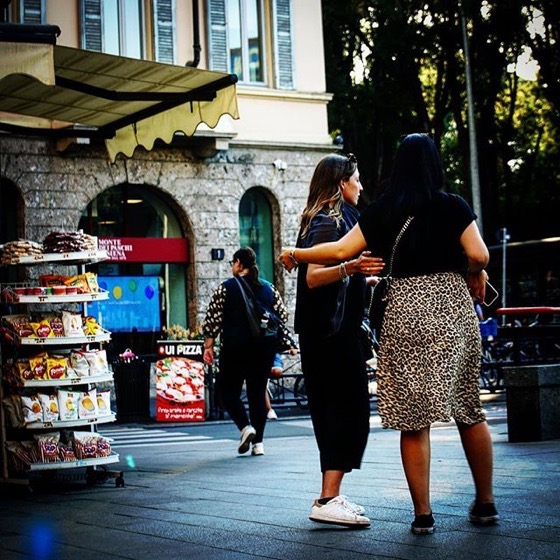 On The Street, Via Dante, Milano, Italia via Instagram