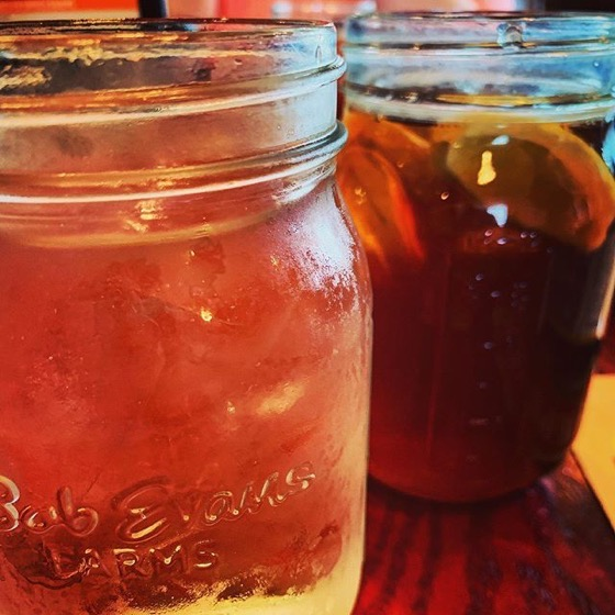 Sweet Tea In Mason Jars...Must be Ohio