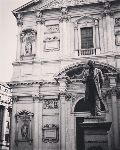 Birthplace and Statue of poet and novelist Alessandro Manzoni, Milano, Italia via Instagram