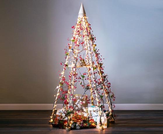 Christmas 2020 – 1 in a series – Jubiltree Wooden Christmas Tree via Inhabitat