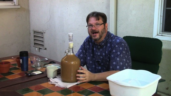 Video: Making Hard Cider - Dog Days of Podcasting 2014 - 11/30