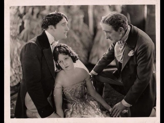 A History of Screenwriting 58 - Smilin' Through starring Norma Talmadge, Written by Alan Langdon Martin (aka Jane Murfin and Jane Cowl) (original play),  James Ashmore Creelman (scenario), Sidney Franklin (scenario) - 1922