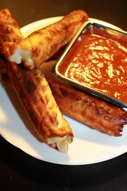 Food: Baked, Wonton-Wrapped, Mozzarella Sticks