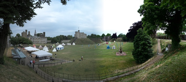 Panoramic pictures: Cardiff Castle and Stonehenge