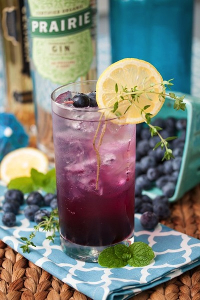 Noted: Blueberry-Thyme Gin Smash from Tide and Thyme #drink #recipe