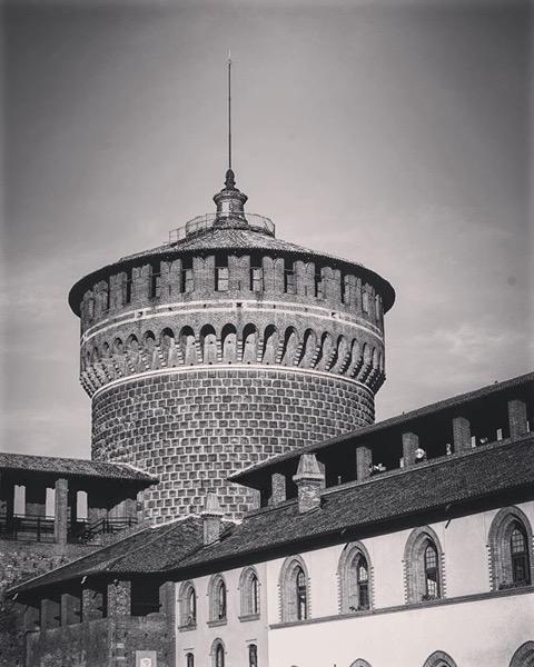 Castello Sforzesco di Milano, Milano, Italia in Black and White and Color