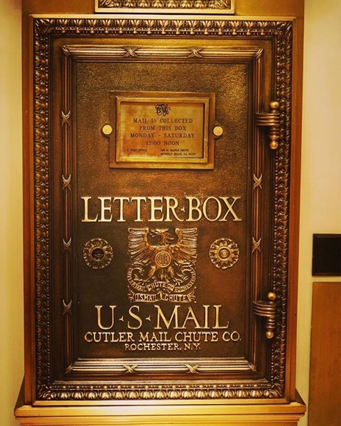 Send a letter! Send a postcard! Beverly Wilshire Hotel via Instagram