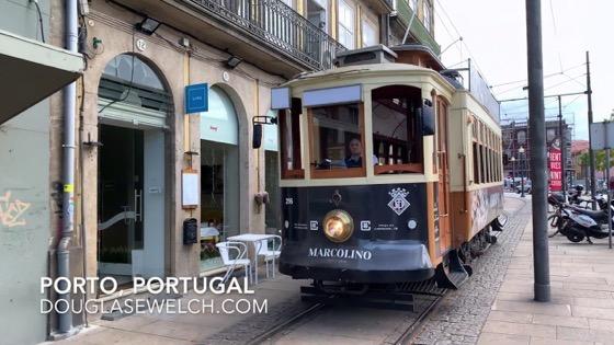Antique tram in Porto, Portugal [Video]