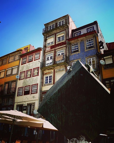 New (fountain) and Old (buildings), Porto, Portugal via Instagram