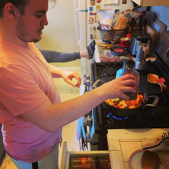 @gogojosephwCooks up curry for dinner via Instagram